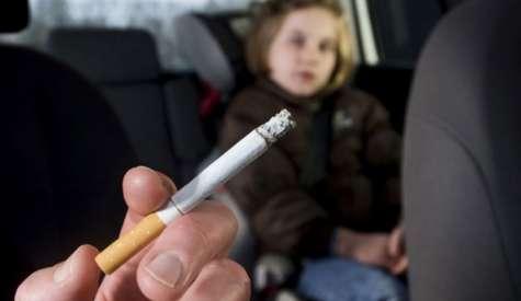 Circolazione stradale: i chiarimenti su divieto di fumo, Rc auto e revisione